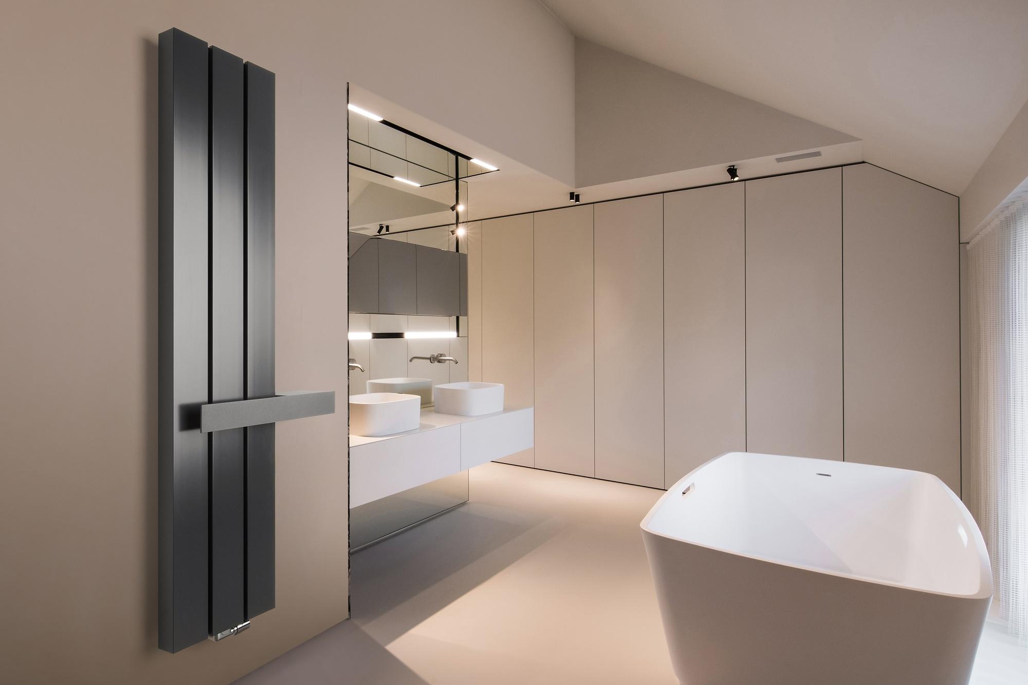 Verwarm de badkamer in stijl