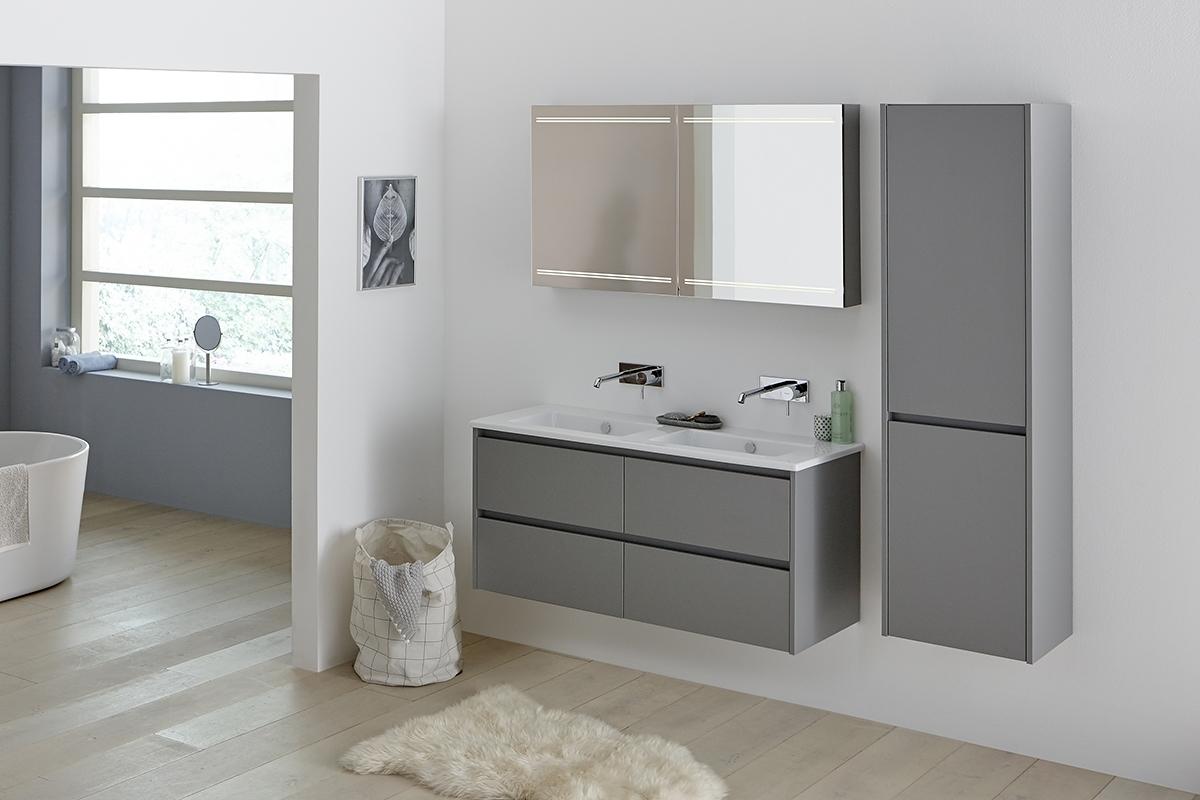 Een badkamerkast voor ruimte besparen in stijl