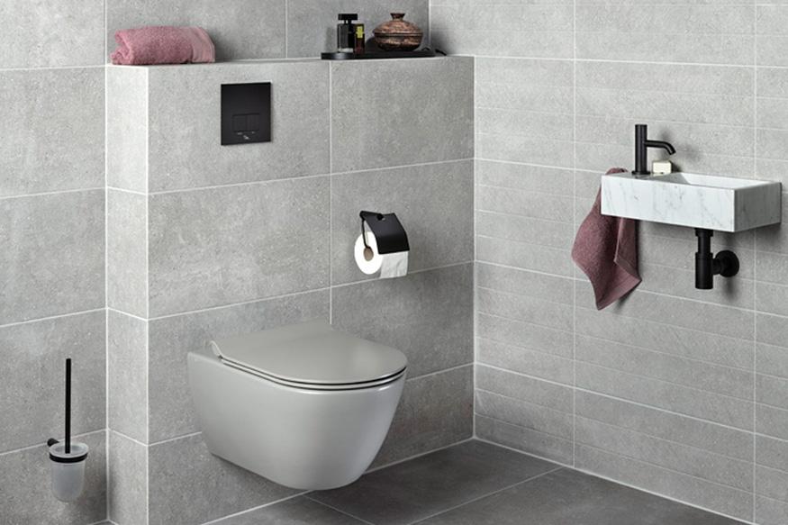 Natuursteen tegels in de badkamer